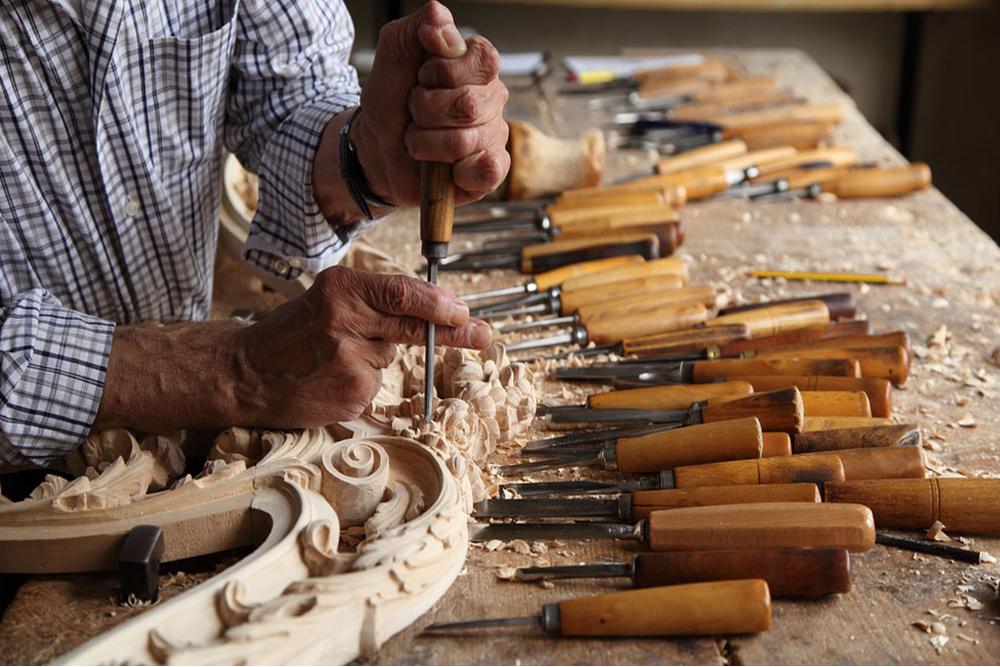Xưởng sản xuất đồ gỗ nội thất cổ điển & tân cổ điển